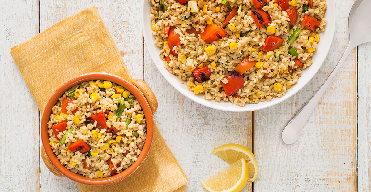 Grilled-Red-Pepper-and-Corn-Rice-Salad-1200x620